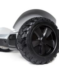 4×4-gris-roue-min